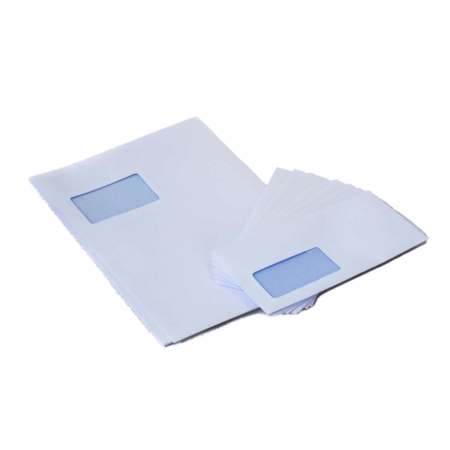 Briefumschläge in weiß und unterschiedlichen Größen mit Sichtfenster und Klebelasche