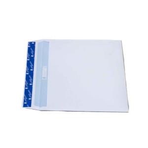 Große weiße Briefumschläge mit Klebelasche