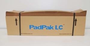 Ein Paket PadPak LC Papier, gebündelt.
