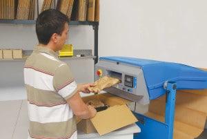 PadPak LC System integriert in eine Verpackungsumgebung.