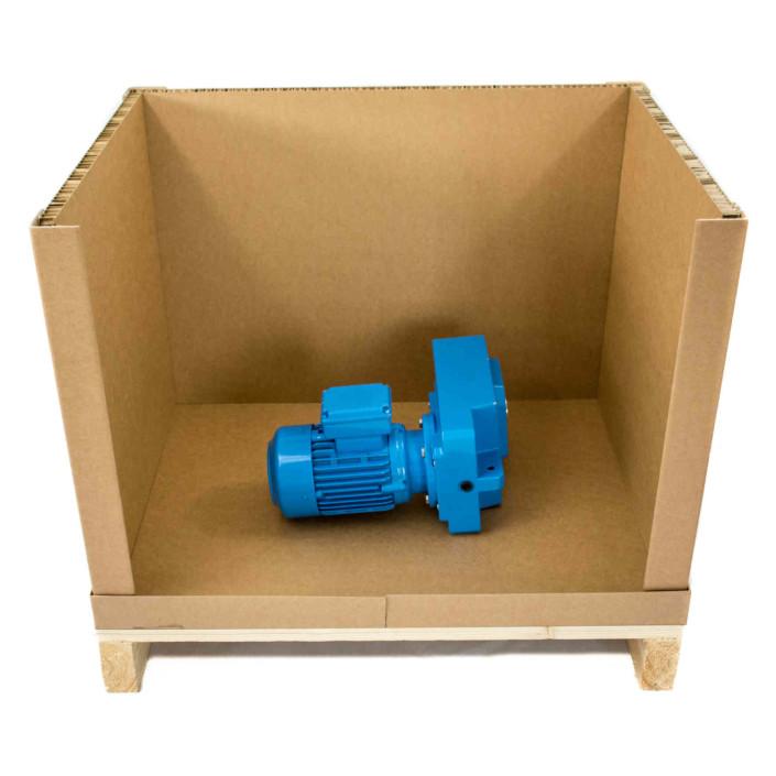 Palettenbox mit zwei Seitenwänden, Boden und Rückwand