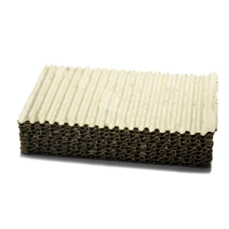 Einfache Platte aus verschiedenen Lagen Wellpappe zur Polsterung bzw. als Zwischenlage oder Abstandshalter